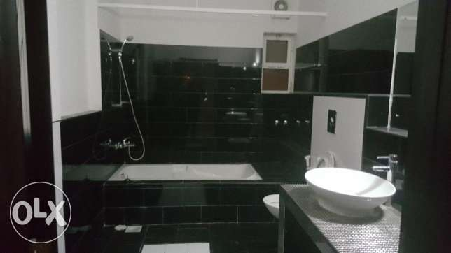 e1 villa for rent in al ozaiba behind shell petrol بوشر -  2