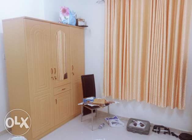 Room with attached toilet and Sharing kitchen in Al hail north. مسقط -  1