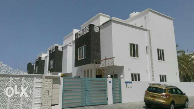 5BHK villas with ((beautiful sea view)) for sale in Al hail North