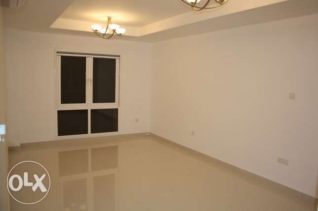 flat for rent in alhail north for 400 rial