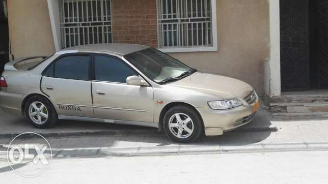 Honda accord-well maintained vehicle for speed freaks