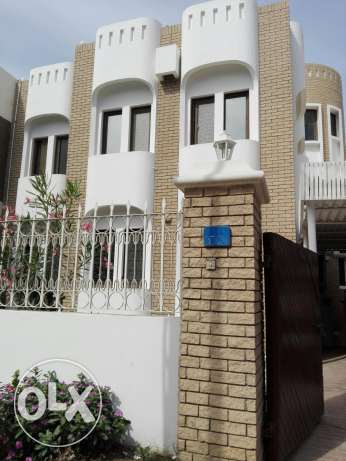 For rent 1) room for family RO170/180 only 2) room sharing OR80 only 3 مسقط -  2