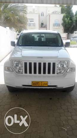 Jeep Cherokee Excellent condition - Expat driven