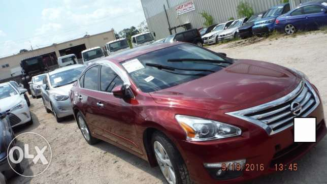 Full option 2013 Nissan Altima Imported (PRICE NEGOTIABLE!) مسقط -  3