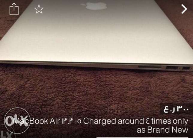 MacBook Air 13.3 inch used only 6 times 100% clean as new brand