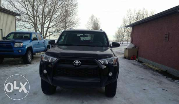 Toyota 4runner 4x4 very clean condition