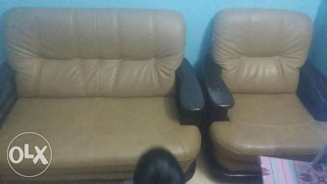 6 seater sofa forsale. Good condition