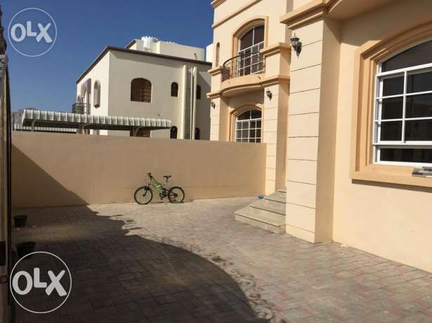 3BHK Flat for Sale In Al Amarat Phase 2! Bank Loan Available