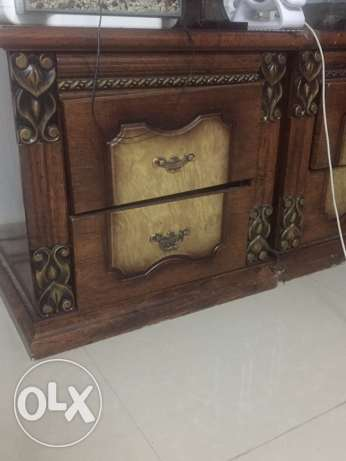 side table 2 nos,pick up in mawaleh,5 rial per piece