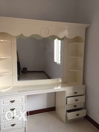 tables,tv for sale مسقط -  4