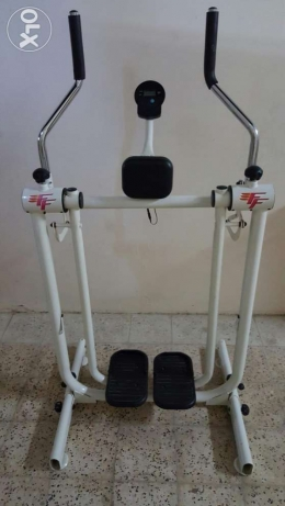 American Fitness exercise Treadmill for sale السيب -  1