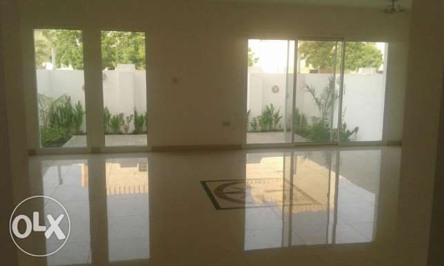 Hail South Behind Muscat Residence Beautiful House with Maids
