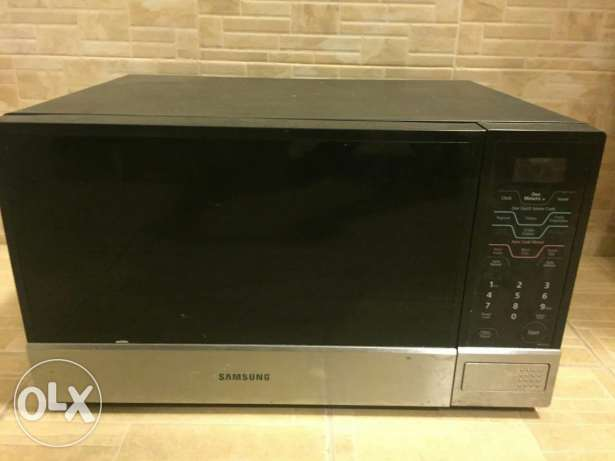 Samsung microwave in a perfect condition