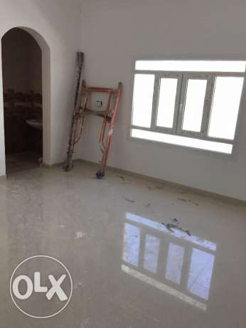 a new villa for rent in al khod 6 just for 600 rial السيب -  3