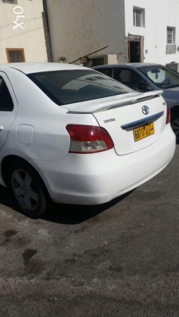 Toyota yaris full manual in good condition مطرح -  3