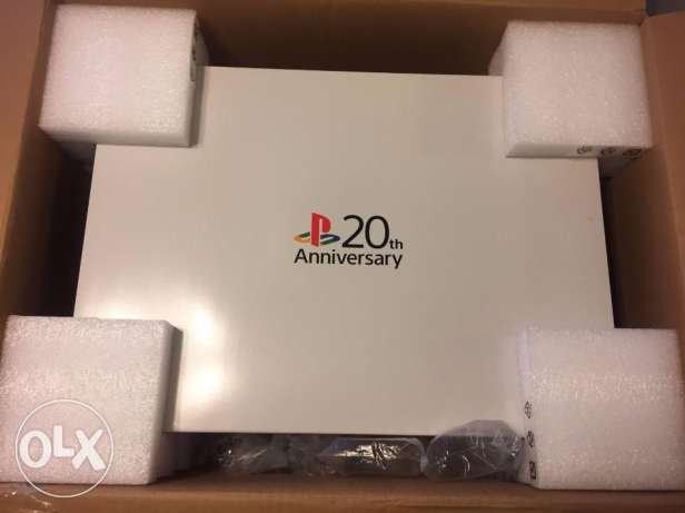 Sony PlayStation 4 20th Anniversary Edition 500GB