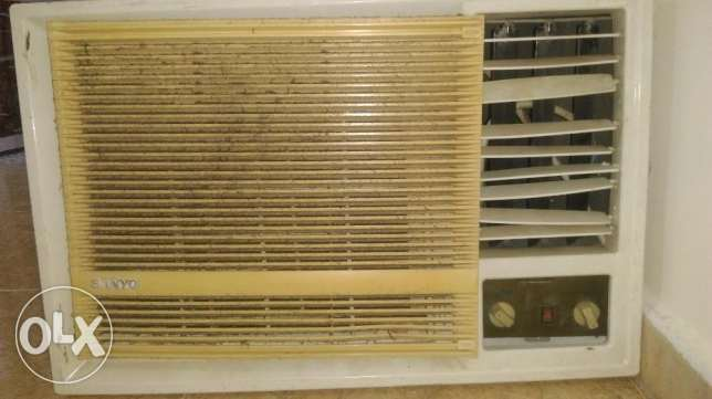 2.5 Ton Very Good Condition AC