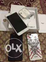 iphone 6 plus silver color 16GB with all accessories