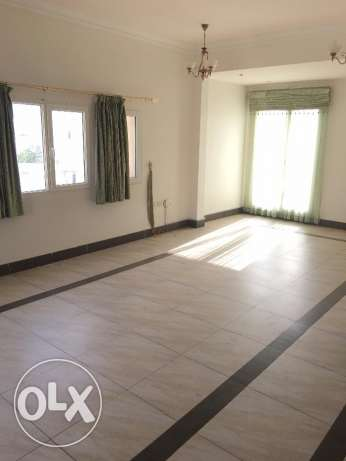 half villa for rent in al mawaleh north