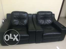 leather saloon black -- special pricee !