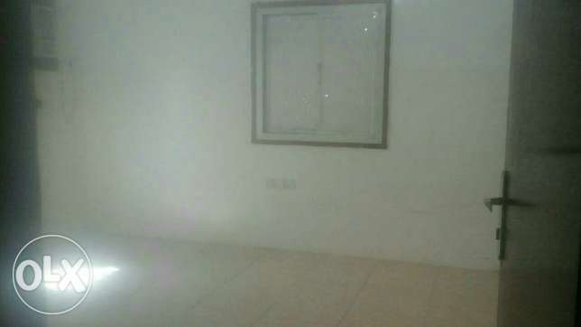 Al Hail Room For Rent السيب -  1