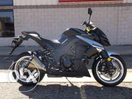Used kawasaki z1000 streetfighter model 2010 for sale