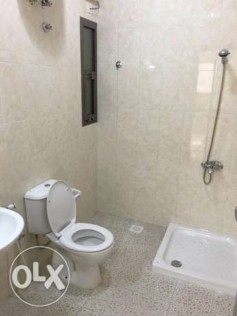 new flat for rent in ghala in a good location with big area 140 مسقط -  3