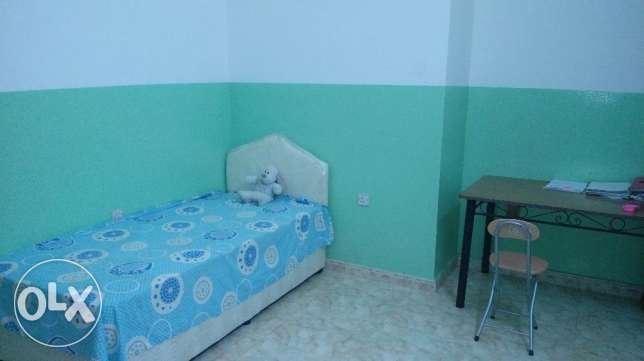 Furnished Room for Rent at Honda Road Ruwi. روي -  1