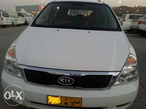 (7 seater)2012 kia carnival full automatic مسقط -  2