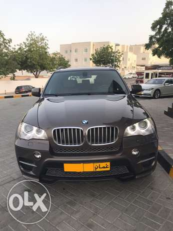 Fully Loaded 2011 BMW X5 50i in excellent condition