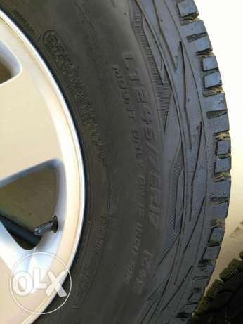 5 Original jeep wrangler wheels and Cooper tyres مسقط -  3