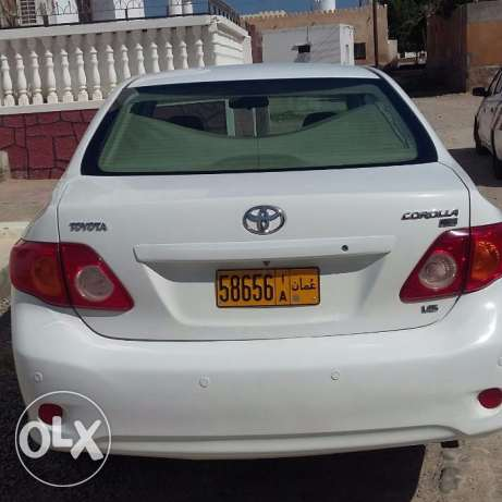 Toyota Corolla for Sale. Expat driven. First Owner. 2008 Model. مسقط -  4