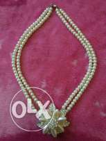 New white pearl necklace