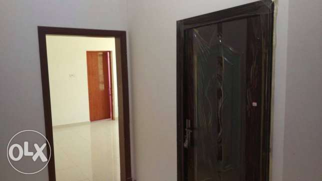 room with private bathroom and American kitchen in the HALL Ghoubra 18 مسقط -  4