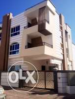 5bhk townhouse with pool and gym for rent in North Al Hail near beach