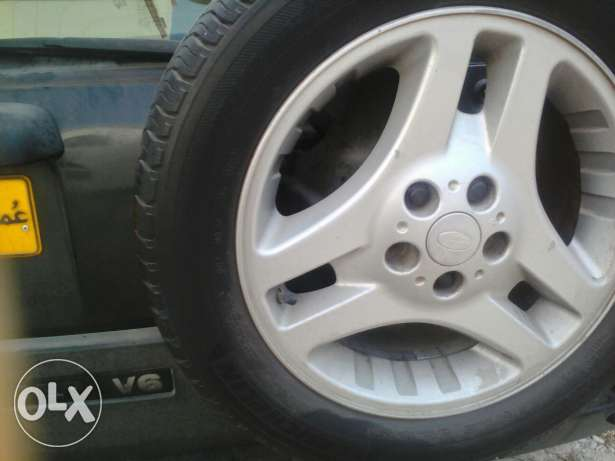 5 tires with rim مسقط -  1