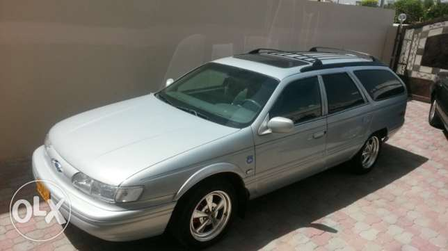 for sale ford tours 1993 مسقط -  2