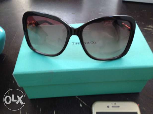 sunglasess Tiffany&co brand urgent sell before 26/4