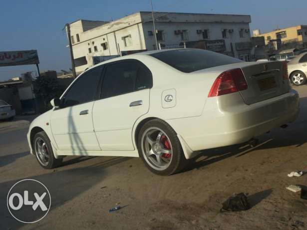 Honda civic صلالة -  2