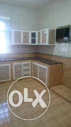 New Flats 3 bedrooms and also 2 bedrooms available for rent 200 R روي -  1
