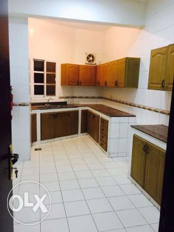 C2-Luxurious 2 BHK Flat For Rent In Rex Road Ruwi Near Bank Muscat