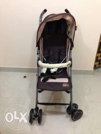 baby stroller: juniors: almost new:urgent sell serious buyers only