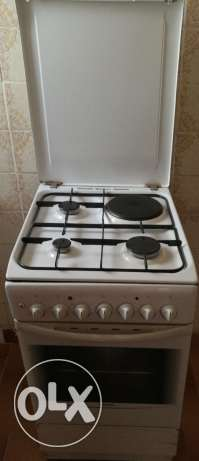 Cooking range 3 burner +1hot plate