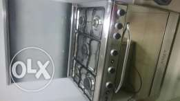Electric oven and cooker