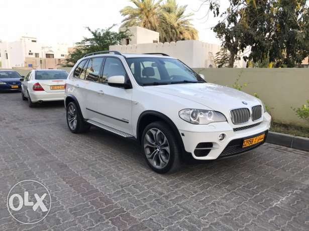 BMW X5 X.Drive 5,0 v8 model 2012 in very good condition