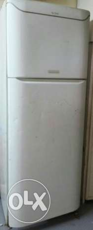 Clean , family use, large Refrigerator