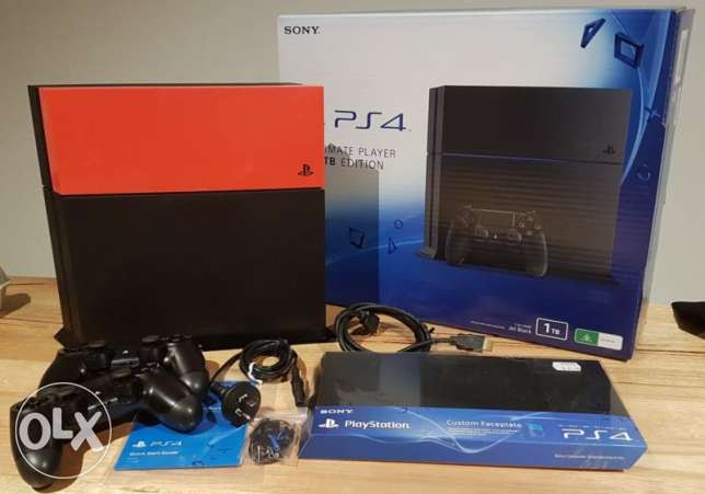 Brand New Sony PlayStation 4 500gb for sale with 2 Controllers