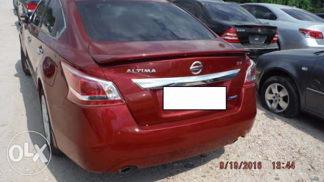 Full option 2013 Nissan Altima Imported (PRICE NEGOTIABLE!) مسقط -  2