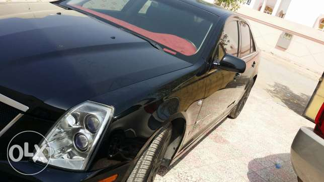 Cadillac STS v for sale or exchange السيب -  6