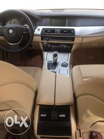 BMW 523i - 2011 full options in very good condition like new السيب -  6